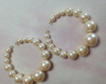 Vintage Acrylic Japan Pearl Hoop Earrings-Cream Luster