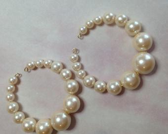 Vintage Acrylic Japan Pearl Hoop Earrings-Cream Luster
