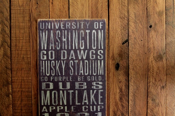 Washington University Huskies Distressed Wood Sign-Great Father's Day Gift!
