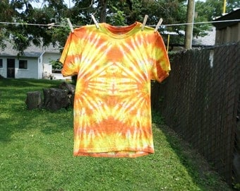 Yellow and Orange Tye Dye T-shirt, Medium Cotton Tye Dye Top, Orange and Yellow Hand Dyed Cotton Med Tshirt