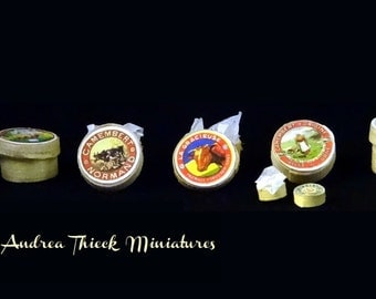 Miniature Camembert in chip box - 1/12 or 1/24 - choose the one you like