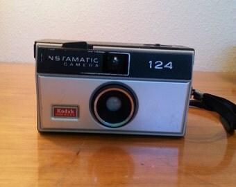 Kodak INSTAMATIC 124 Camera
