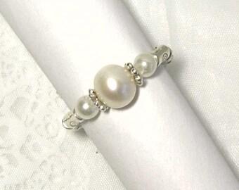 "Cynthia Lynn ""RIVER GEMS"" Sterling Silver White Freshwater Pearl Beaded Stretch Ring"