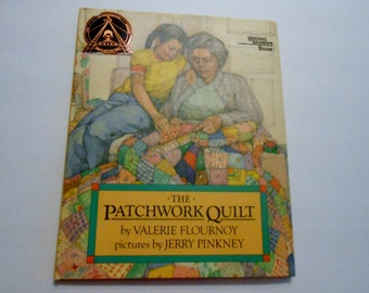 The Pathwork Quilt Reading Rainbow Book Hardback written by Valerie Flournoy  pictures by Jerry Pinkney By Dial Books 1985