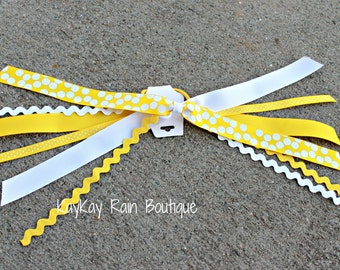 Yellow and White Ponytail Streamer, Ponytail Ribbons, Ponytail Holder Ribbons, Ponytail Streamer Ribbons, Cheer Ribbons