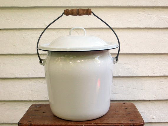 Xl Antique Enamelware Chamber Pot With Wood Handle Enamel