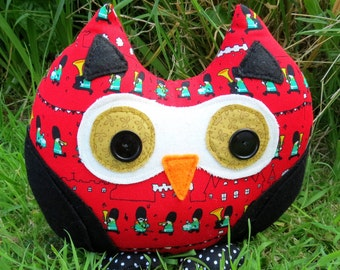 Owl doorstop.  A doorstop with a whimsical soldiers design.  Owl bookend.  Sale!