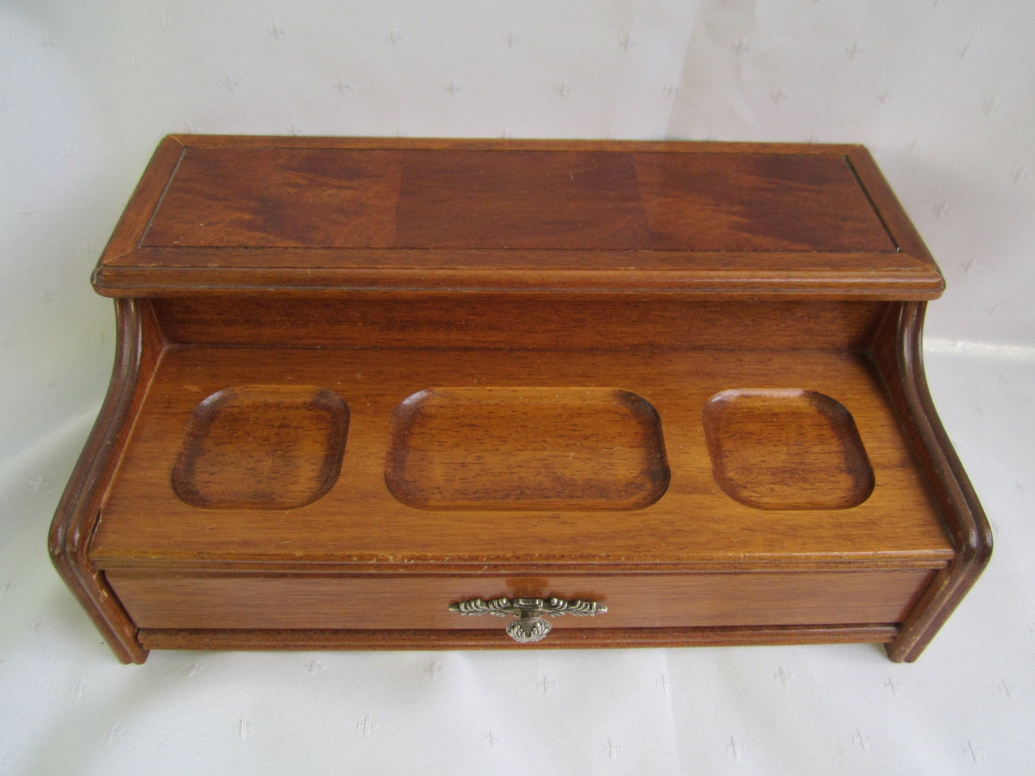 Mens valet dresser box mens jewelry chest wood jewelry chest for Men s valet box