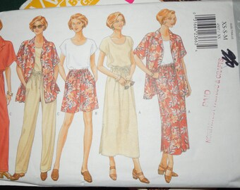 Butterick 4507, XS,X, M, Petite,  UNCUT sewing pattern, misses, womens, skirt, shirt, top, shorts, craft supplies
