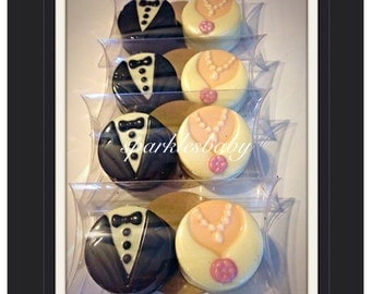 Wedding chocolate favors- wedding Oreos pack of 2