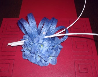 Light royal blue fascinator