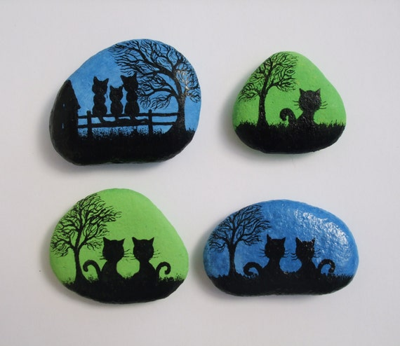 Painted pebbles fridge magnets cats painting on stones for Donde conseguir piedras para pintar