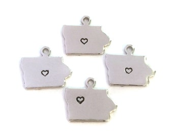 2x Silver Plated Iowa State Charms w/ Hearts - M070/H-IA