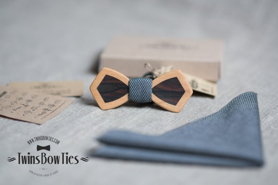Wooden bow tie Retro DoubleWood Alder + Ziricote + gray pocket square. Personal engraving wood bow ties. Men Accessories. 100% hand made.