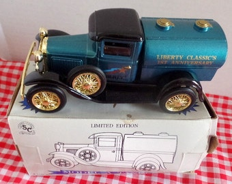 Model A Tanker bank.  Limited Edition by Liberty Classics.  1:25 scale, good in box.  Box has damage.