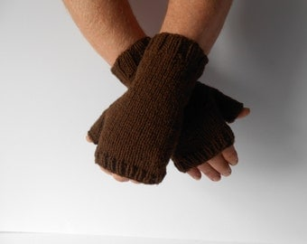 Men's Texting gloves. Brown fingerless gloves. Cameraman's gloves. Handknit men's mitts. Ski gloves. Gift for him. Ready to ship. Irish knit