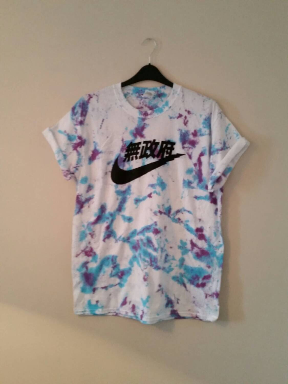 Unisex customised acid wash tie dye nike t shirt sz medium for How to wash tie dye shirt after dying