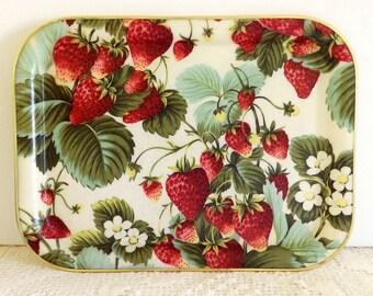 Plateau d'époque aux fraises décoration excellente Condition et à collectionner