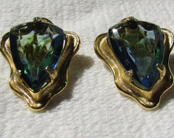 Vintage BSK blue green rhinestone clip on earrings prom, wedding glitz