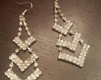 Hollywood Glam Vintage Style Rhinestone Earrings