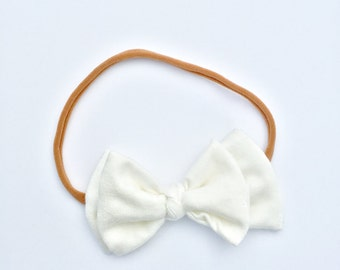Newborn Headband / Toddler Headband / Baby / White Bow / Nylon Headband / One size fits most / stretchy headband