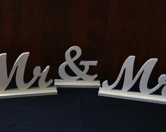 """Mr & Mrs sign 6"""" bases included"""