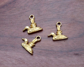 Vintage Tiny Duck Hunting Hunter Outdoorsman Sitting Duck Charms
