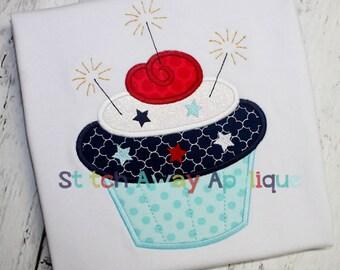 Patriotic Cupcake 4th of July Machine Applique Design