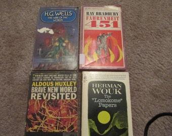 Science Fiction Paperbacks (4)