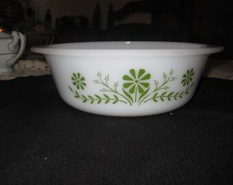 Glasbake 1 1/2 qt. casserole