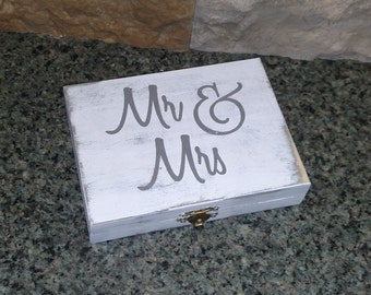 Rustic Wedding Ring Box - Country Wedding Box - To Have And To Hold - Mr & Mrs - Ring Bearer Box