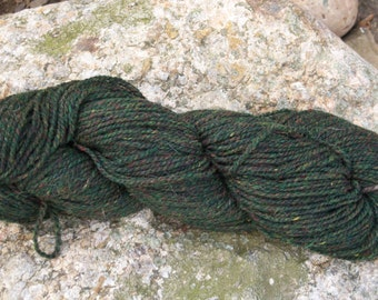 Green Heather- Dk weight- Border Leicester yarn- 100% wool