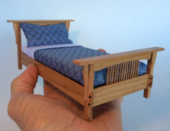 Stickley Inspired Bed In Cherry 1 12 Scale Arts And Crafts