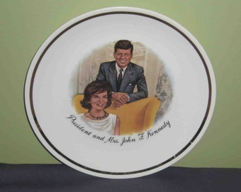 Vintage President John F. Kennedy & Jackie Collector Plate With Gold Trim