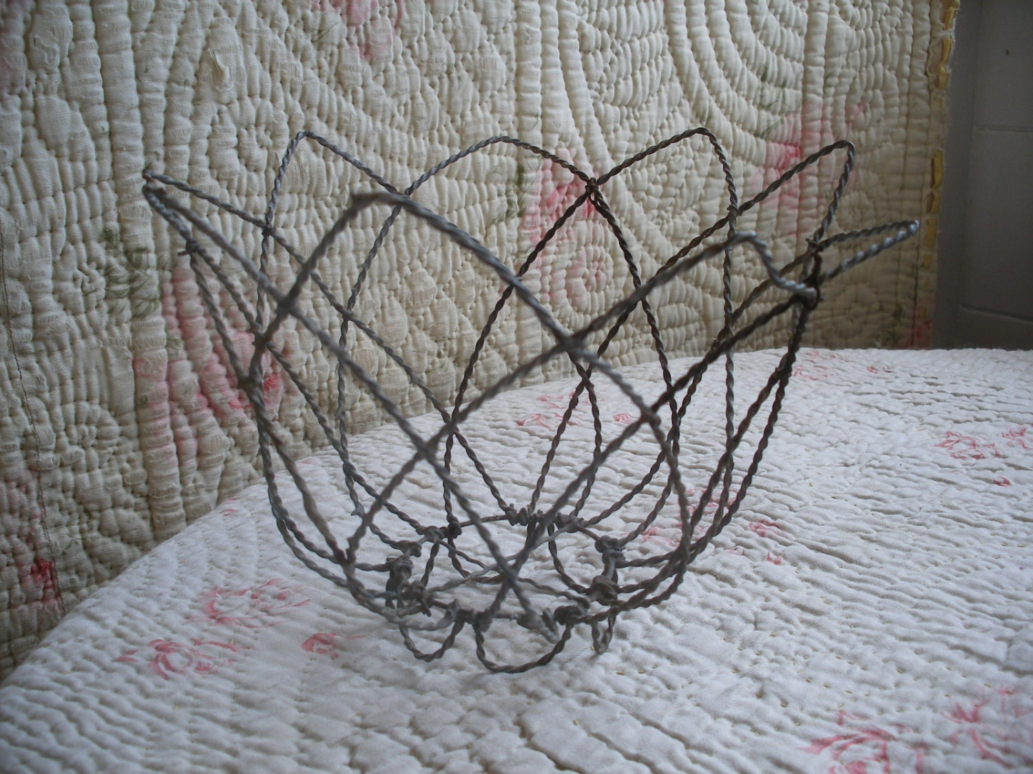 Flower wire baskets : Vintage wire basket flower shape hanging plant by
