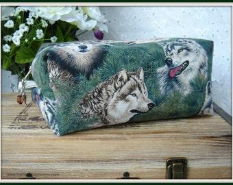 Wolves zipper bag