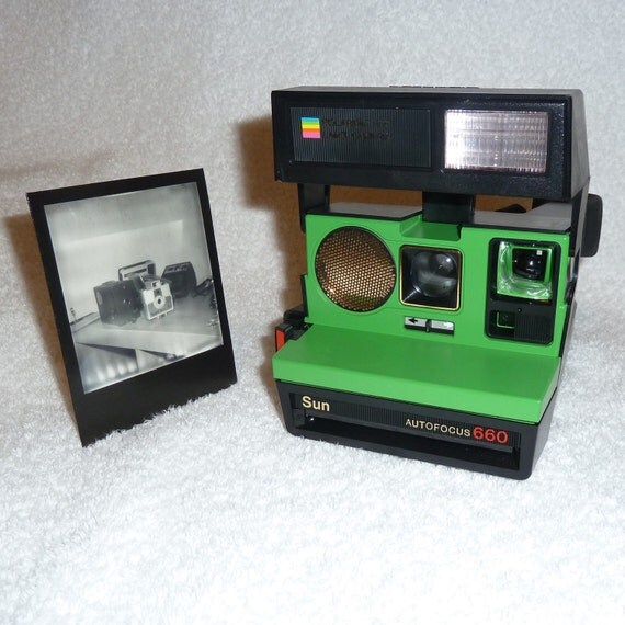 polaroid 660 sonar autofucus cleaned tested and upcycled. Black Bedroom Furniture Sets. Home Design Ideas