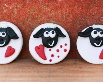 Sheep with love magnet, Cute little sheep, Animal polymer magnet with heart, Handmade magnet