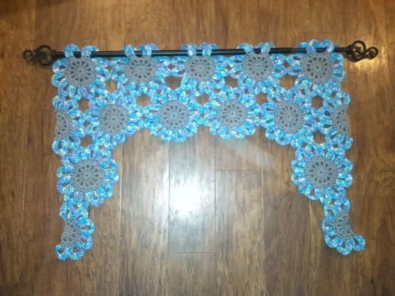 Crochet Flower Window Valance Pattern : Items similar to Crochet Flower Valance on Etsy