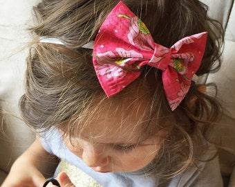 Pink Puckered Peonies bow