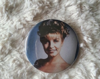 """Twin Peaks Laura Palmer pin Back Button 2.25"""""""