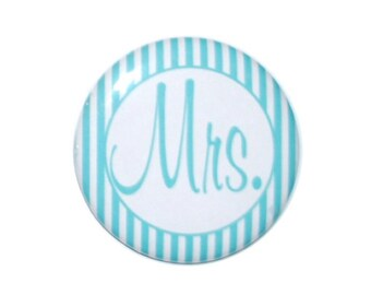 Mr Button Mrs Button Mr and Mrs Just Married honeymoon idea wedding anniversary idea husband and wife 2 1/4 inch buttons