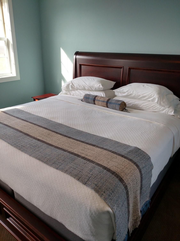 custom bed scarf bed runner king size. Black Bedroom Furniture Sets. Home Design Ideas