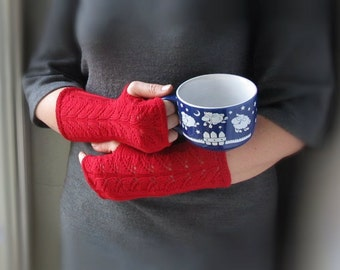 fingerless gloves red, Red mittens, fingerless mitts, Women's Accessories, gift for her, hand warmers, autumn fashion, autumn, Boho style,