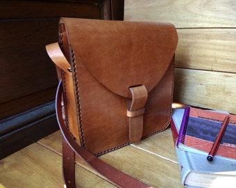 Leather bag. Crossbody bag. Messenger bag. Handmade leather bag. Medium size 8x8,3 inches. Light brown.