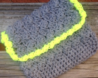 Clutch in Grey and Neon Yellow