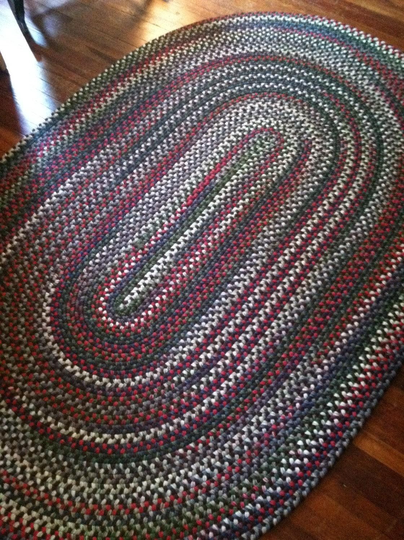 Beautiful Handmade Pa Amish Antique Primitive Braided Rug