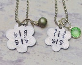Big sis lil sis necklaces - Sisters jewelry set - Big sister little sister charm necklaces - Set of two - Sorority sister necklaces