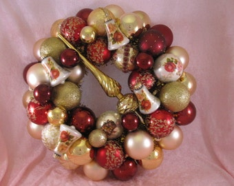 Vintage Victorian Ornament Wreath
