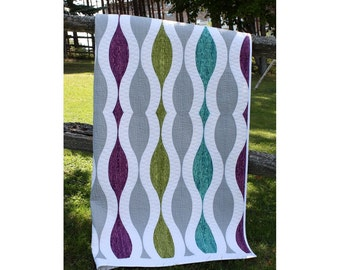 "Throw quilt "" In and Out"""